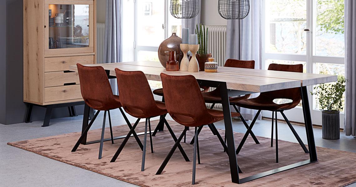 Dizajnová stolička Izabella s opierkami /velúr medená
