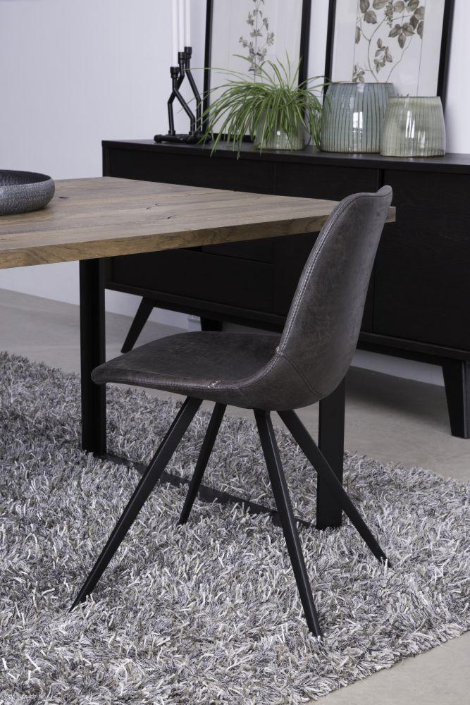 jarn v predaj z avy a do 55 dizajnov stoli ka lucy. Black Bedroom Furniture Sets. Home Design Ideas