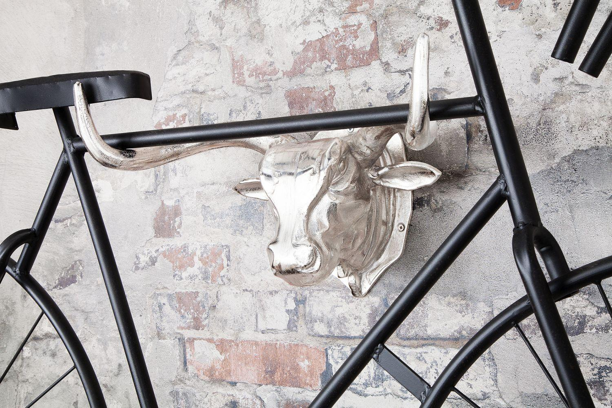 Nástenná dekorácia Bull 47 cm / strieborná