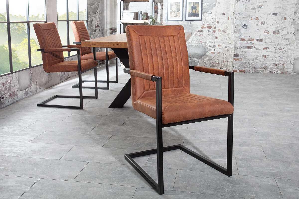 Jedálenská stolička Madilyn svetlohnedá s podrúčkami