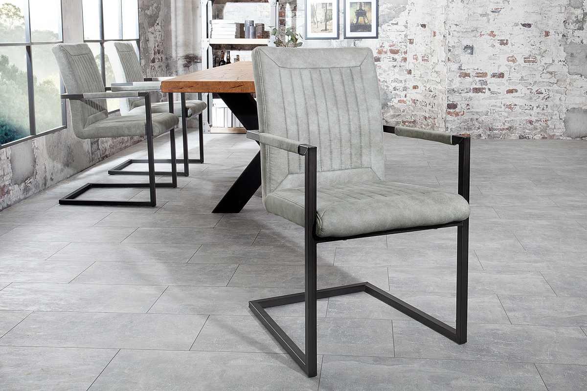 Jedálenská stolička Madilyn sivá s podrúčkami