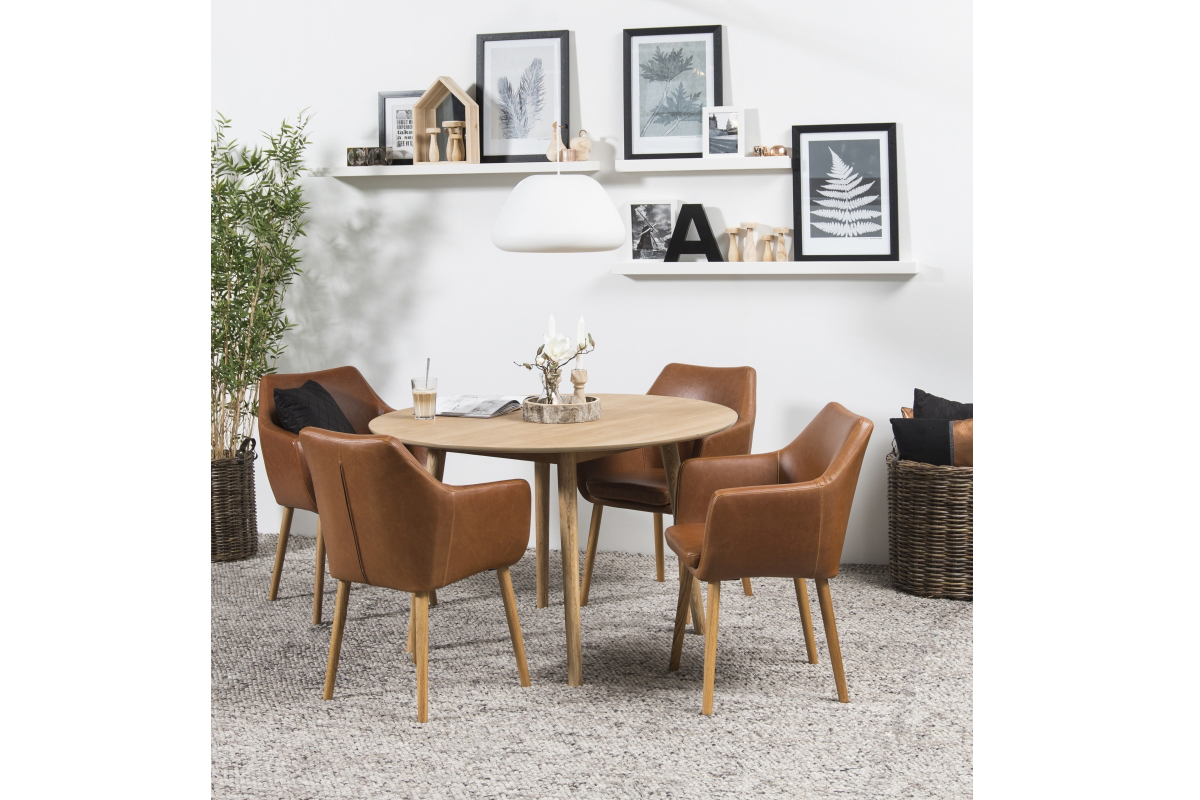 Dkton Okrúhly jedálenský stôl Naiara 120 cm dub